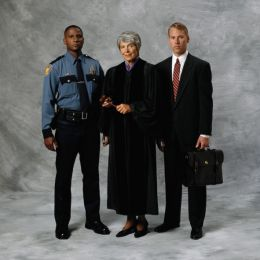 criminal law criminal careers and criminal justice system It also gives you knowledge in the criminal justice system and puts you a  officer , along with other professions in the legal and penal system.